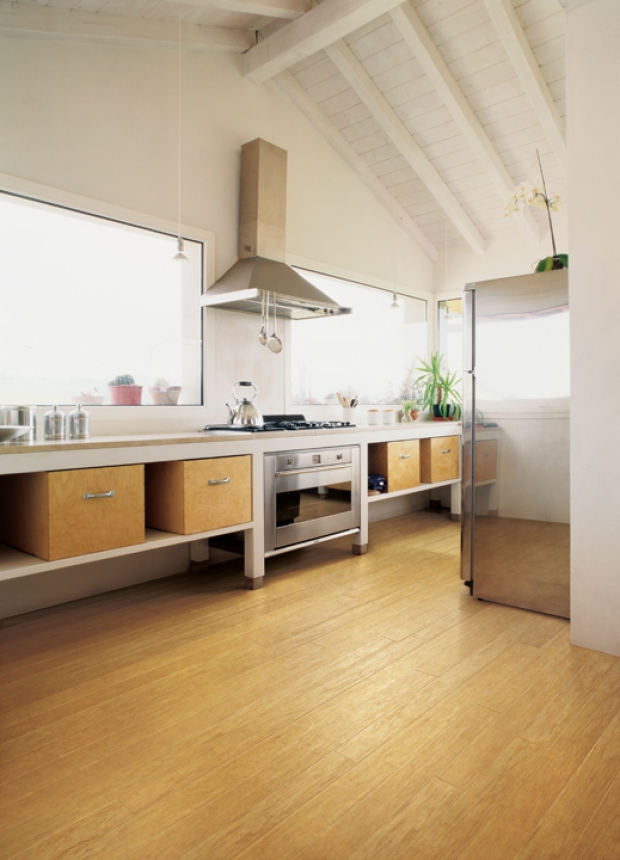 Bamboo flooring in the kitchen for Can bamboo flooring be used in a bathroom